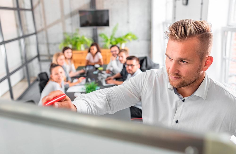AccuTraining – Employee Training Tracker